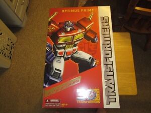 Transformers Optimus prime Masterpiece MISB