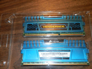 CORSAIR 8GB Kit (2x4GB) DDR3L 1600MHz SODIMM