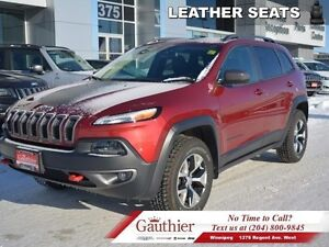 2016 Jeep Cherokee Trailhawk V6 4X4 w/Panoramic Sunroof  - Back-