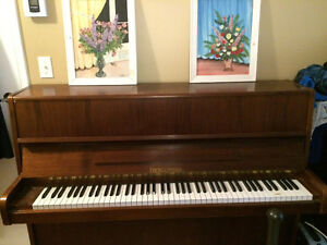 Upright Accoustic Piano, New Felts, price is negotiable