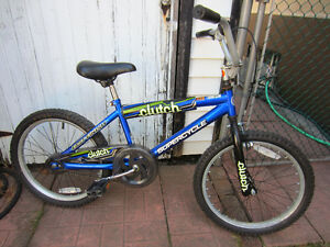 vélo pour enfant 20 pouces style BMX