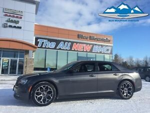 2016 Chrysler 300   ACCIDENT FREE, LEATHER HEATED, BLUETOOTH, GP