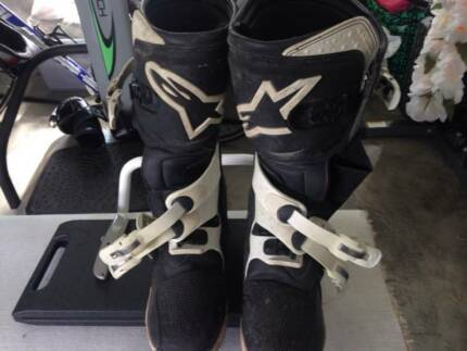Alpine Stars Tech 3 Motocross Boots Size 13 no longer needed