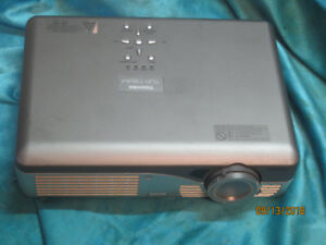 Toshiba LCD Projection TV SVGA S-Video RCA