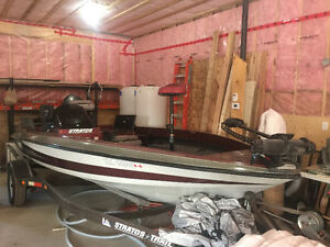 1994 Strados bass boat with 115 evenrude