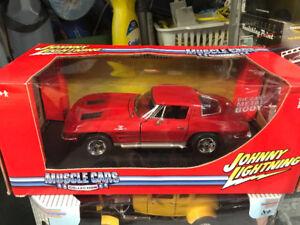 Chevrolet Corvette 1963 split window diecast 1/18 die cast