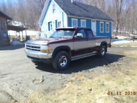 1993 Dodge Dakota 5.2 Magnum 4x4 Very Clean Tres Prop $1600 .