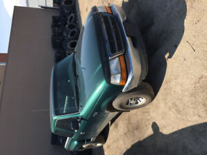 1999 Ford Ranger. Good condition, needs new engine