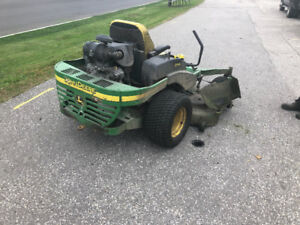John Deere Ride On Mower 777