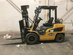 2011 CAT 2P6000 propane Forklift for sale 6000lbs