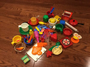 Lot of Small Plastic Doll House / Kitchen Roll Play Set