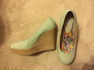 Light Green Wedge Shoes