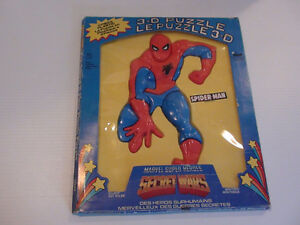 ANCIEN CASSE TETE 3-D PLASTIC SPIDERMAN 13x11 1985 HONG KONG