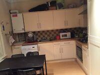 Short term lease - double bed - Battersea