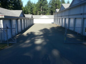 Awesome Commercial Storage Garage For Sale!