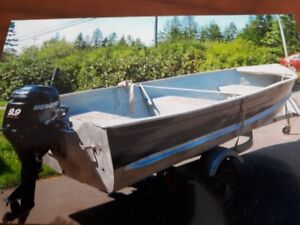 14 Foot Alu Boat with Trailer with motor
