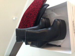 Lynda More Black Leather Boots