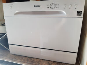 Danby Counter top Dishwasher Portable