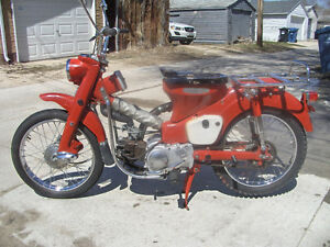Honda early production CT200