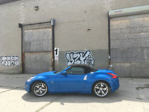 2012 Nissan 370Z ROADSTER w/ Sport Package