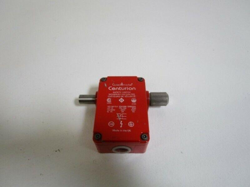 GUARDMASTER SAFETY INTERLOCK SWITCH TDBS-3 *USED*