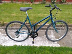 LADIES WOMES ADULTS BLUE 26 INCH WHEELS 20 INCH FRAME18 SPEED BIKE BICYCLE