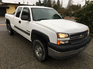 2005 Chev. 2500 H.D. 4x4 with only 143,500 Kms.