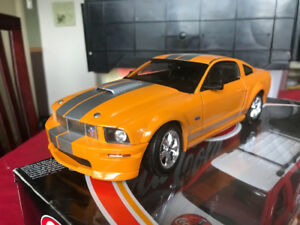 Ford Mustang shelby got 2008 diecadt 1/18 die cast