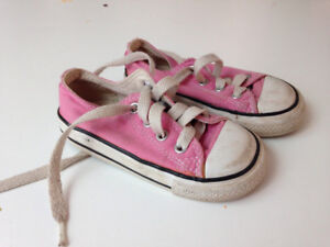 Converse sneakers-- toddler 6