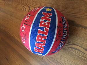 Basketball - signed Globtrotters
