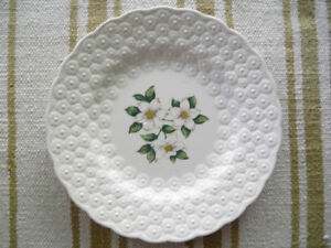 10 Canadian Provinces Flower Plates