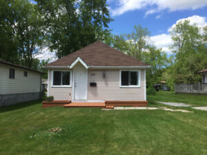 House for Rent-Bright and Large Bungalow with 3 bedrooms Keswick