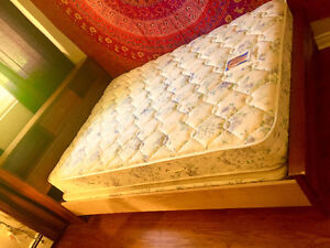Vintage Solid Double Bed w/mattress & boxspring