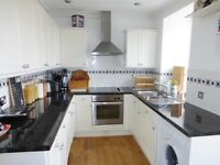 Stunning 2 bed Georgian flat near bottom of Park Street (unfurnished)