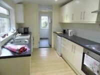 IMMEDIATE ROOMS AVALIABLE **DSS ACCEPTED** **NO DEPOSIT REQUIRED** **IMMEDIATE MOVE IN**