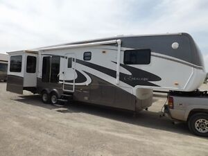 Escalade 5th wheel and Ford King Ranch Diesel Dually
