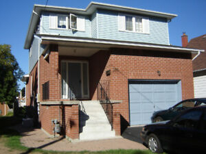 3 Bedroom House - Oshawa - Utilities Included