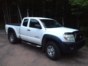 2006 Toyota Tacoma Access Cab Pickup Truck