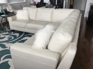 LUXUROUS GENUINE LEATHER  SECTIONAL SOFA