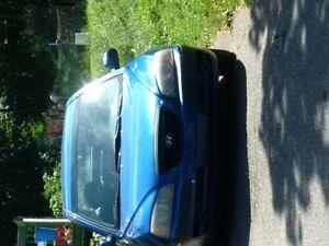 2006 Hyundai Elantra blue Hatchback