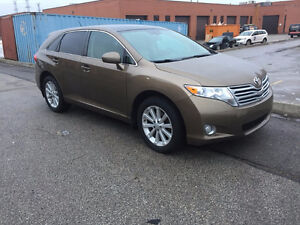 2010 Toyota Venza AWD SUV, SUNROOF, ALLOY,LEATHER