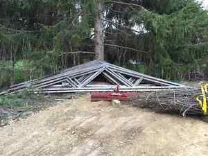 17 Roof Trusses, 4/12 pitch, 26' plus overhang.