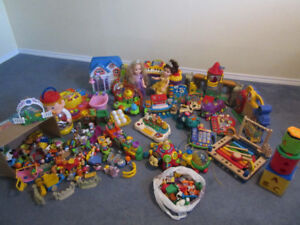 LOTS of toys for boy&girls- castles, trains, little people... :)