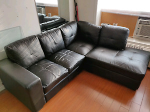 3 Piece Sectional w/ Chaise