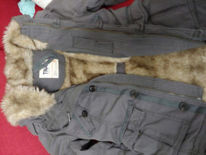 New TNA platoon dark grey jacket with faux fur on body and hat