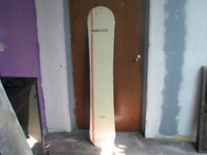 5 Ft Snowboard - New still in rapping