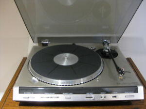 FISHER MT-6455 RECORD PLAYER