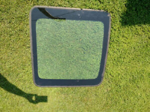 2009-2013 Forester Moonroof glass