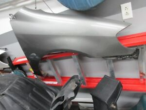 aile droit right side fender Toyota corolla 2004
