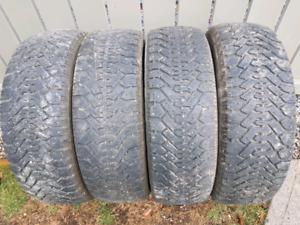 225/60r17 Gooyear Nordic winter tires $100